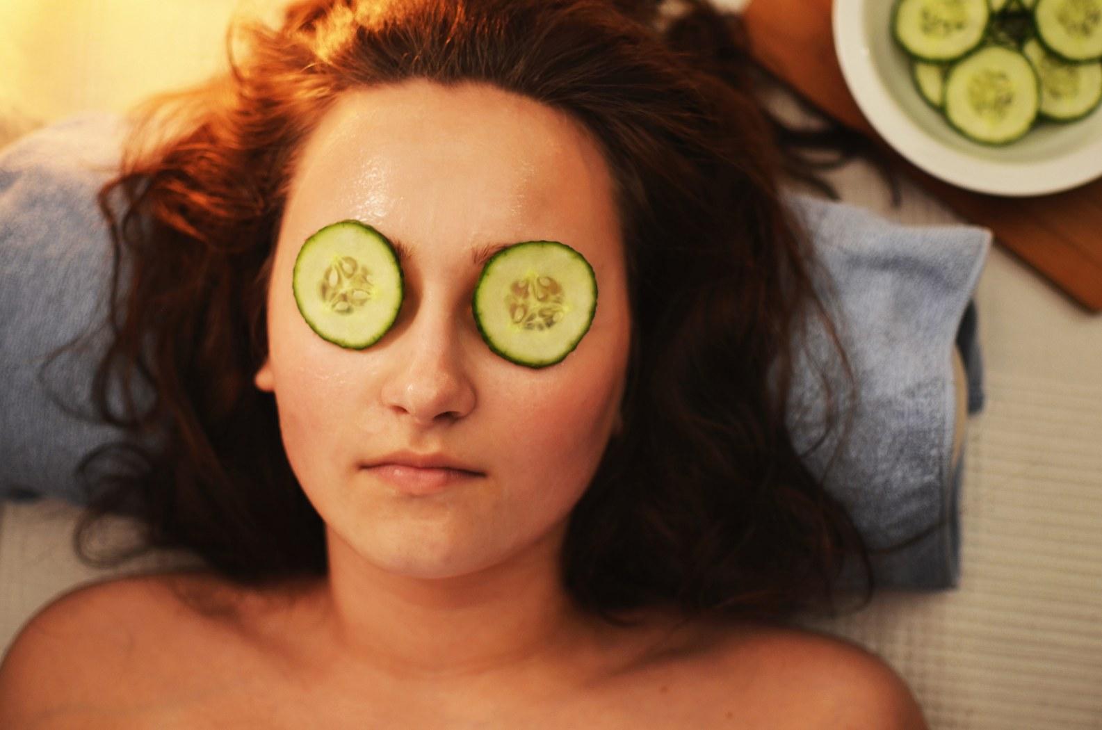 Kako napraviti masku za stariju kožu lica Maska za lice_1585x1050