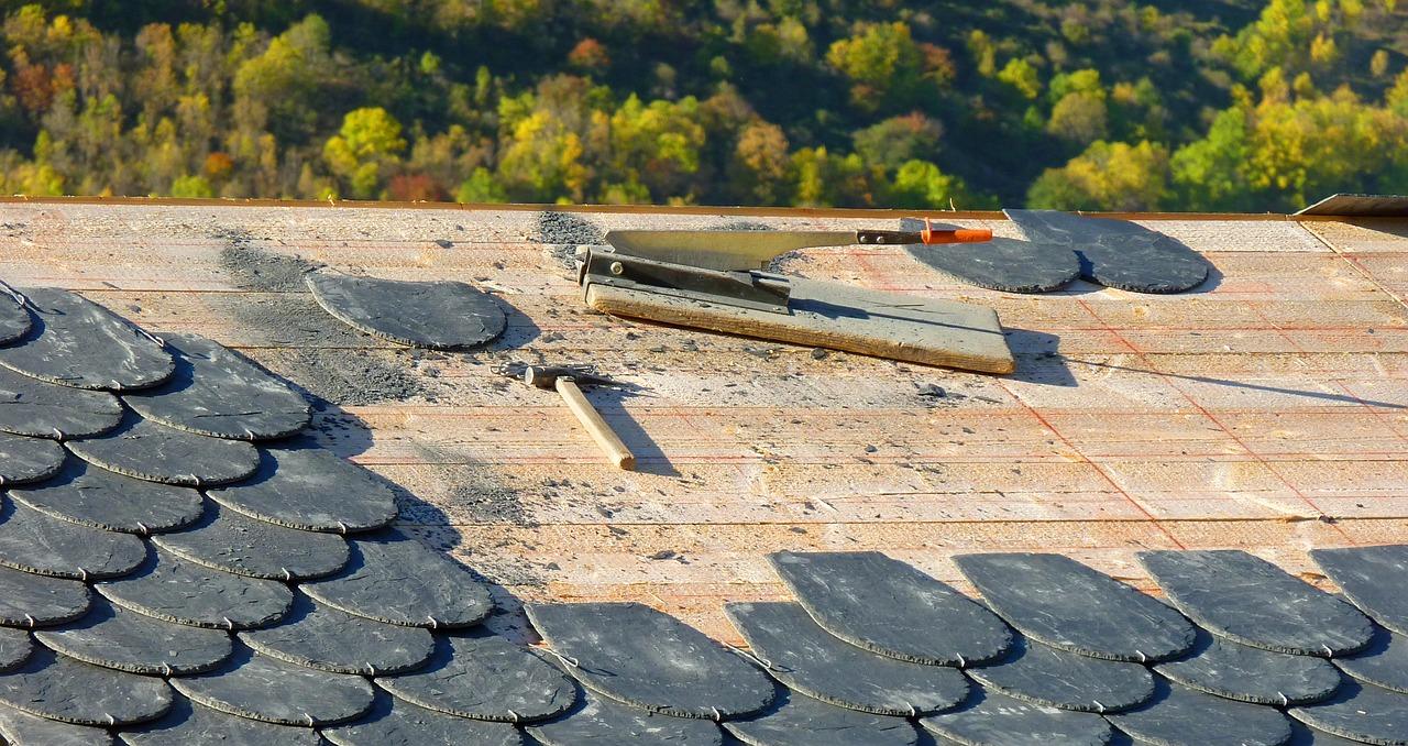Kako popraviti oborinski opsav na krovu Popravak krova
