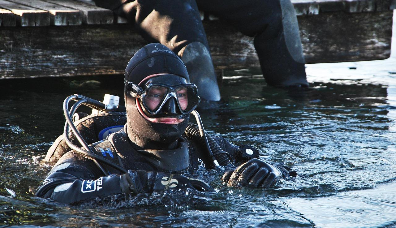 Kako popraviti ronilacko odijelo Ronilacka oprema