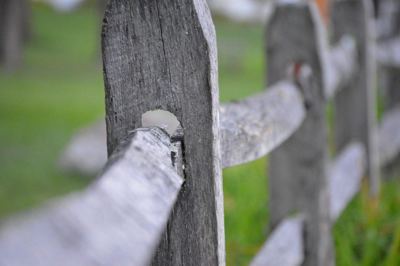 Kako zamijeniti truli stup na ogradi Popravak ograde